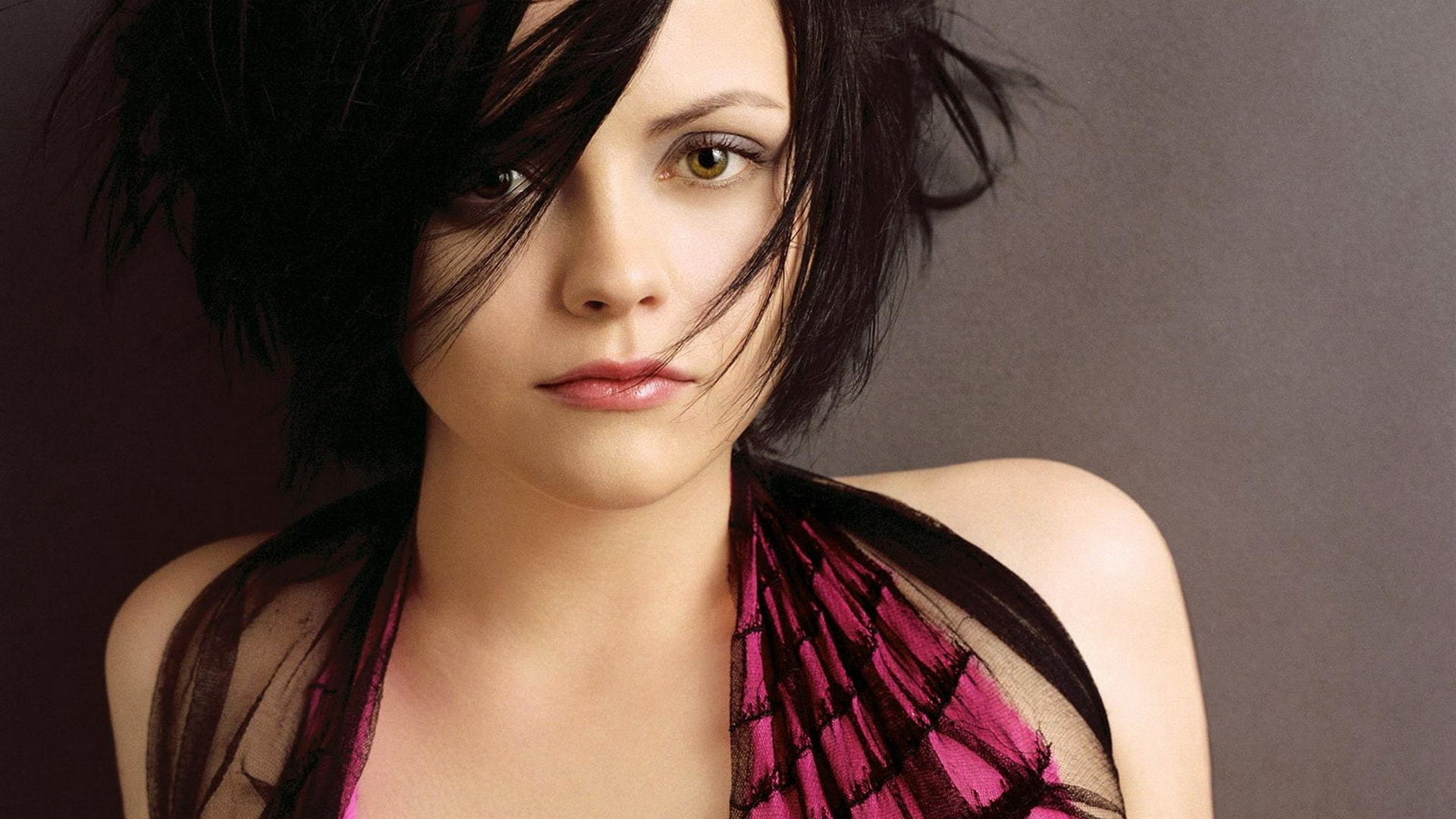 Christina Ricci Widescreen for desktop