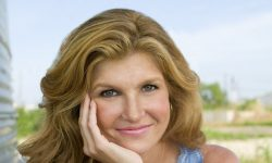 Connie Britton Widescreen for desktop