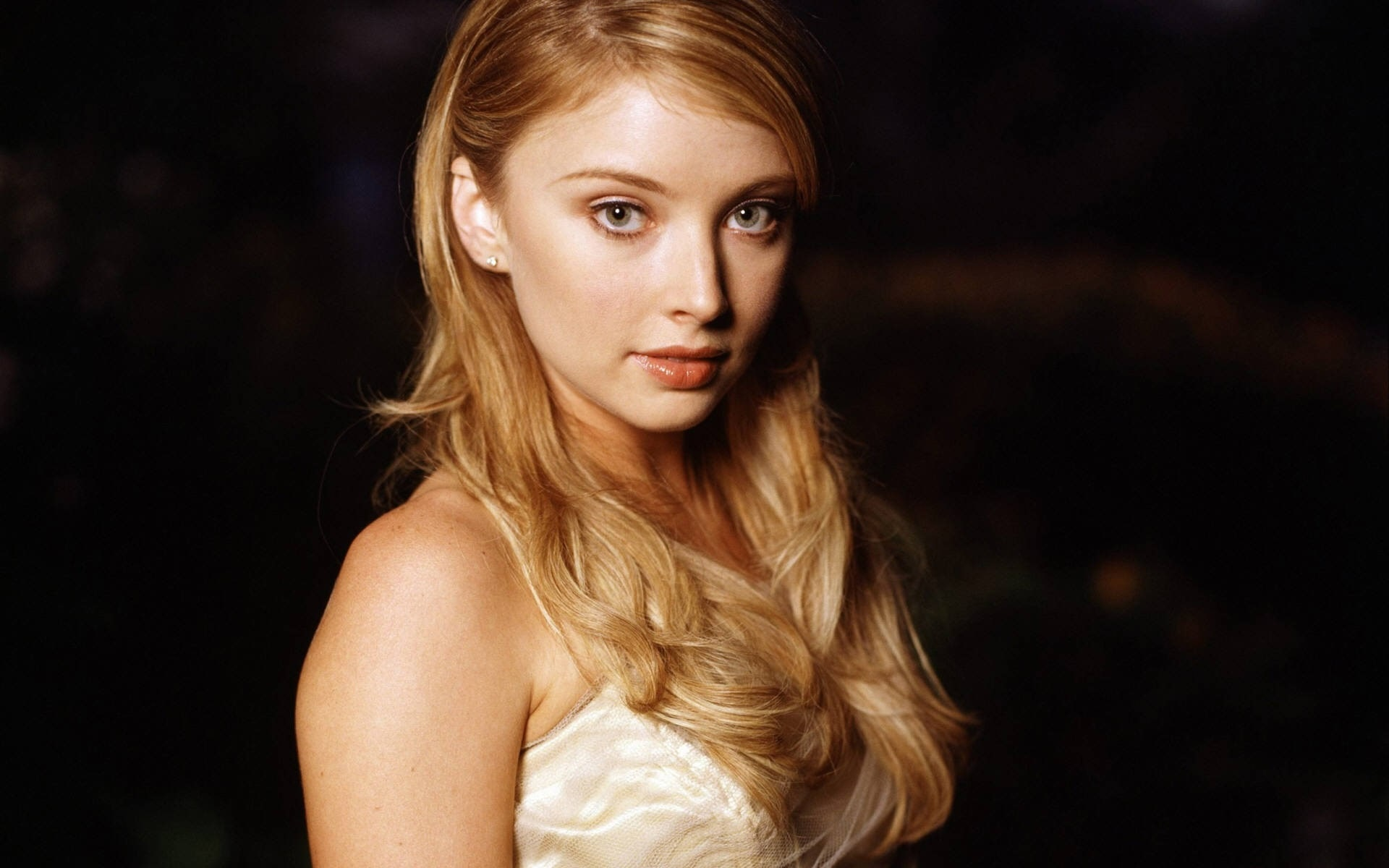Elisabeth Harnois Widescreen for desktop