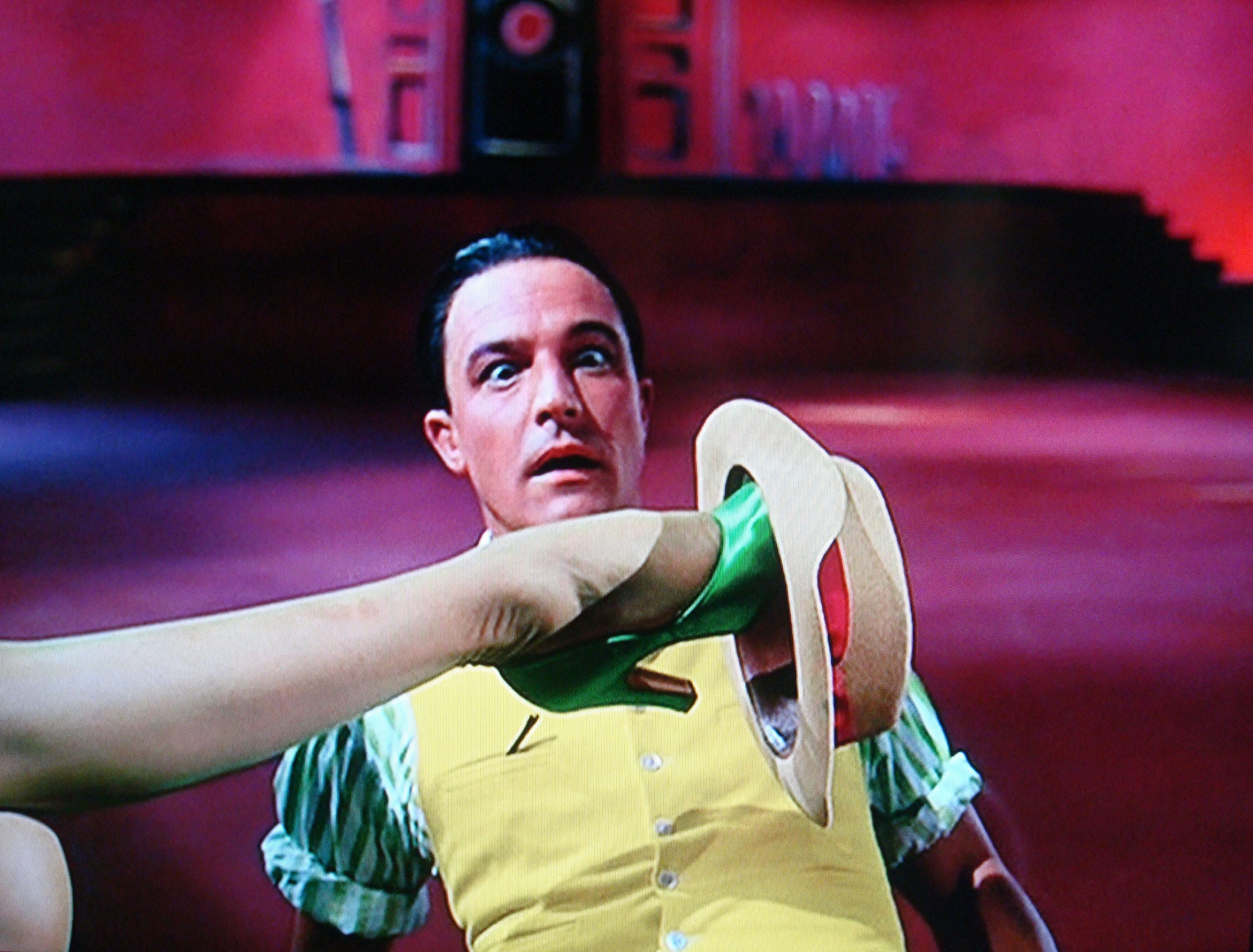 Gene Kelly Widescreen for desktop