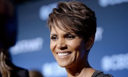 Halle Berry Widescreen for desktop