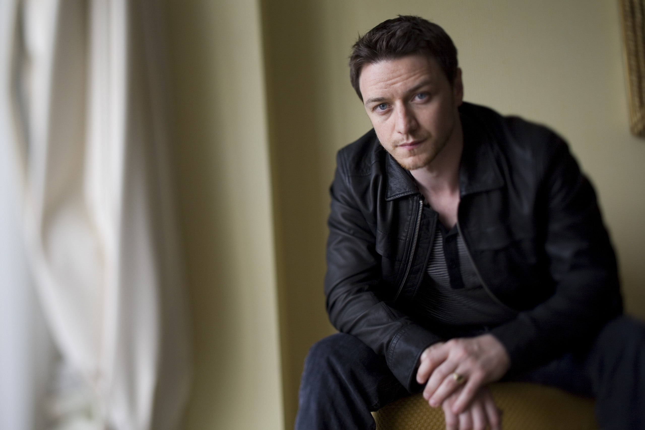 James Mcavoy Widescreen for desktop