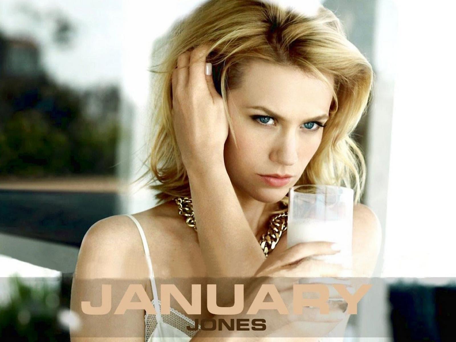 January Jones Widescreen for desktop