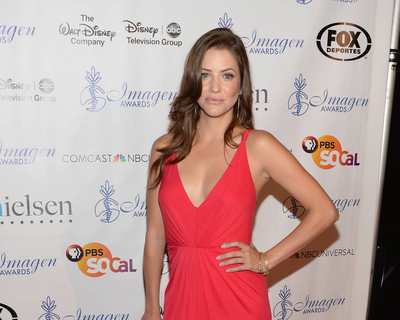 Julie Gonzalo Widescreen for desktop