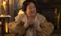 Kathy Bates Widescreen for desktop