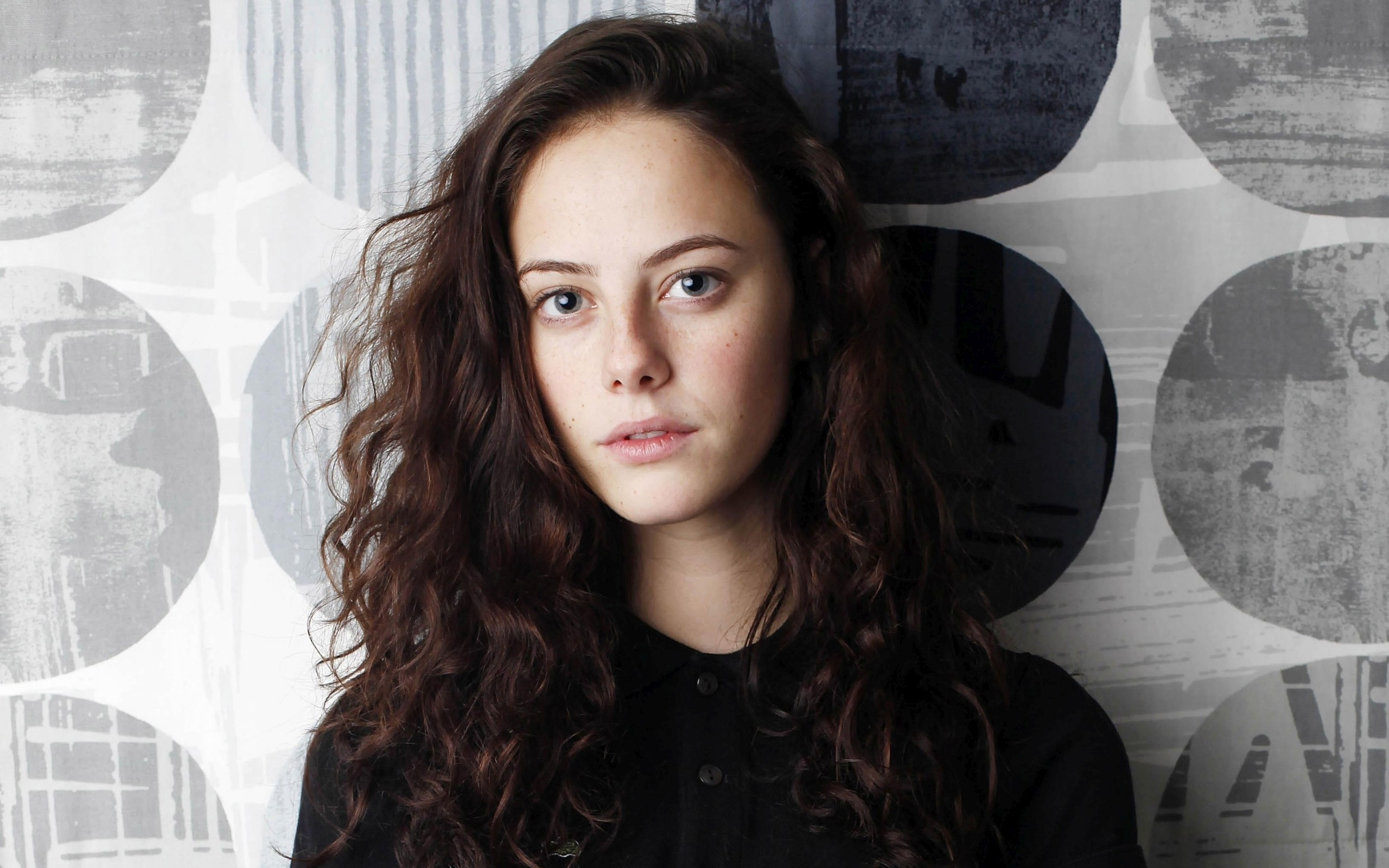 Kaya Scodelario Widescreen for desktop