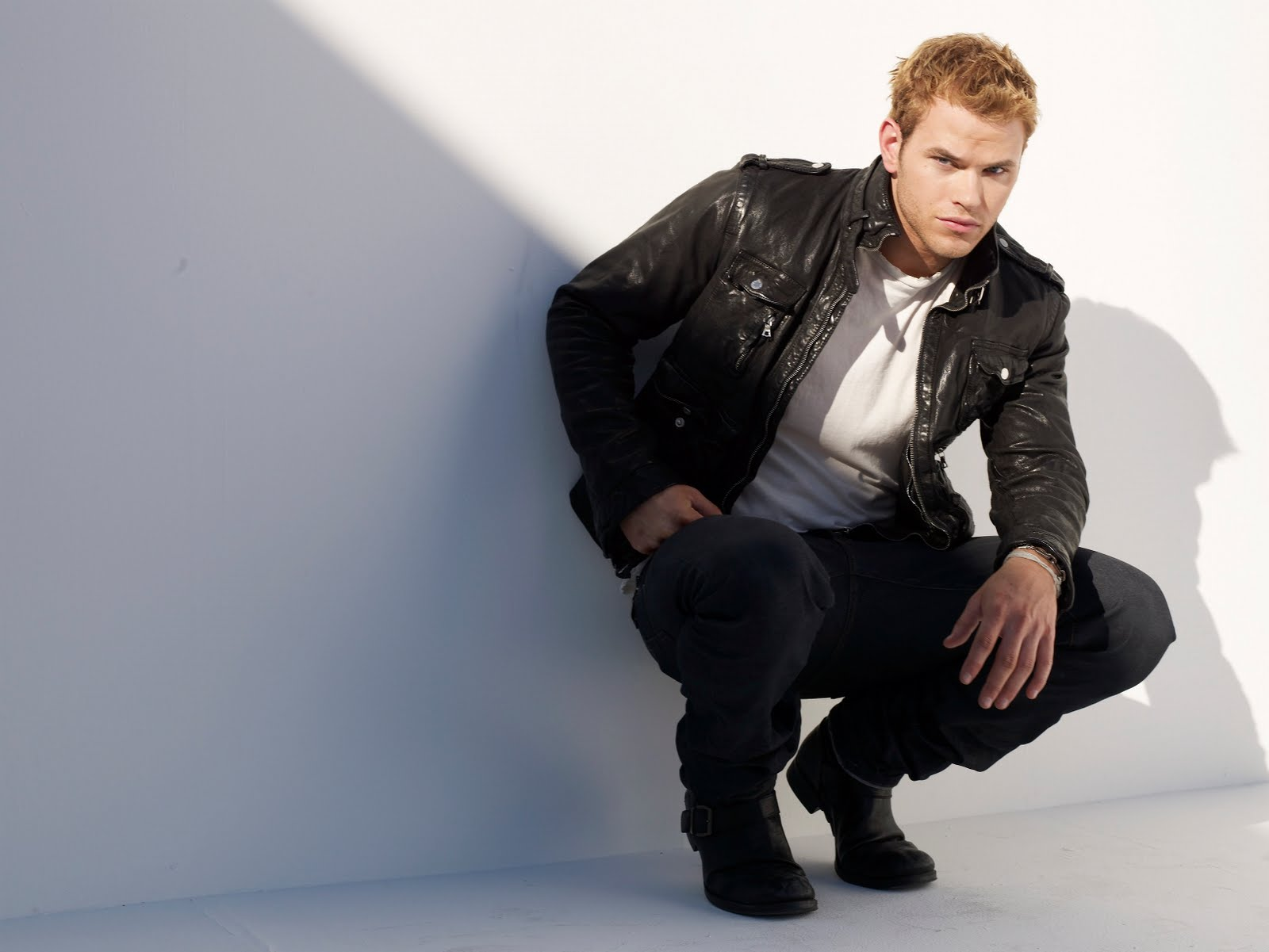 Kellan Lutz Widescreen for desktop