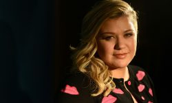 Kelly Clarkson Widescreen for desktop