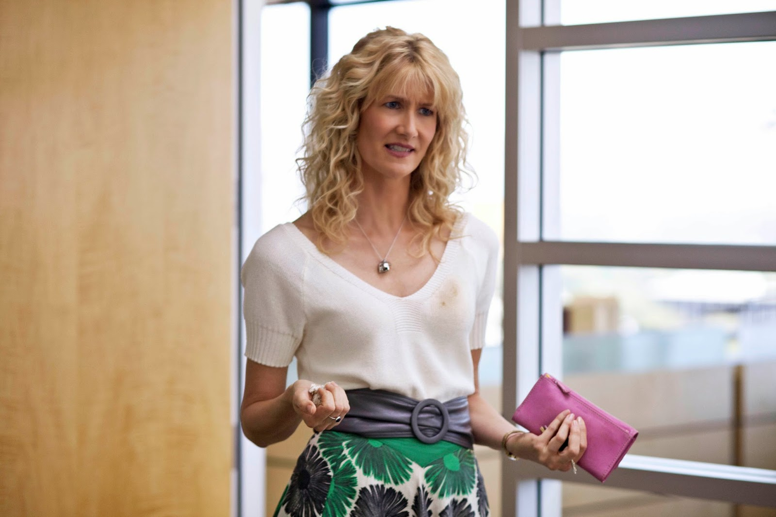 Laura Dern Widescreen for desktop