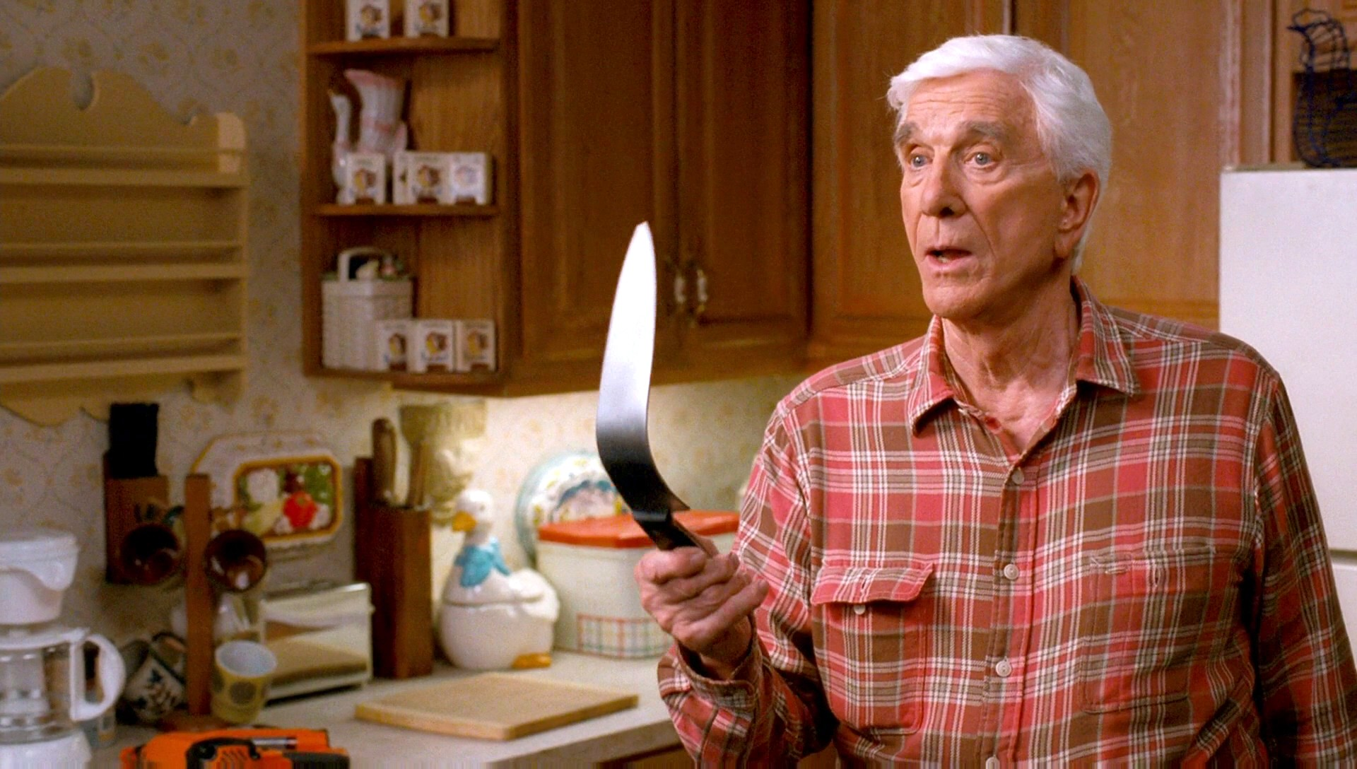 Leslie Nielsen Widescreen for desktop