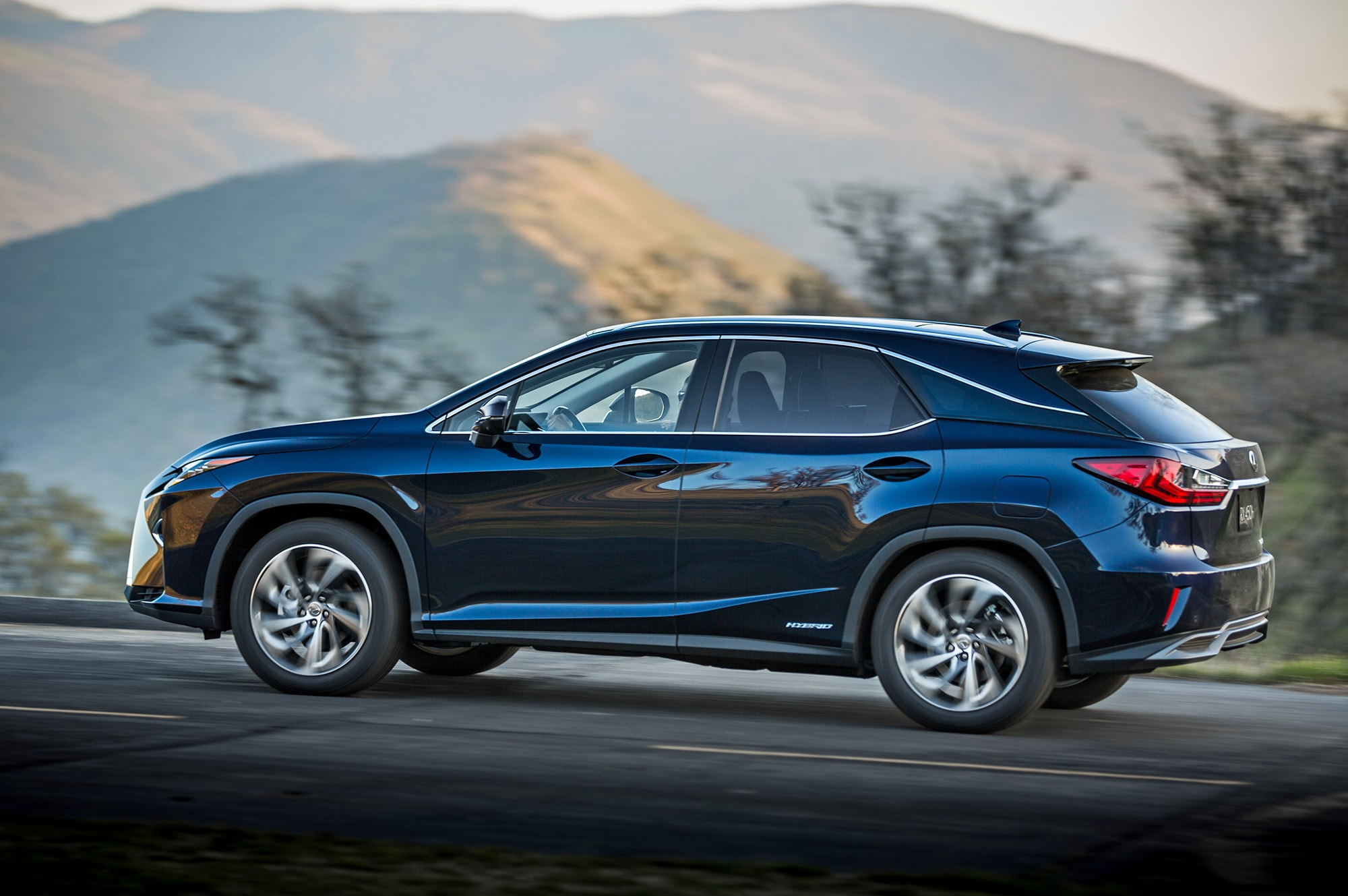 Lexus RX 4 Widescreen for desktop