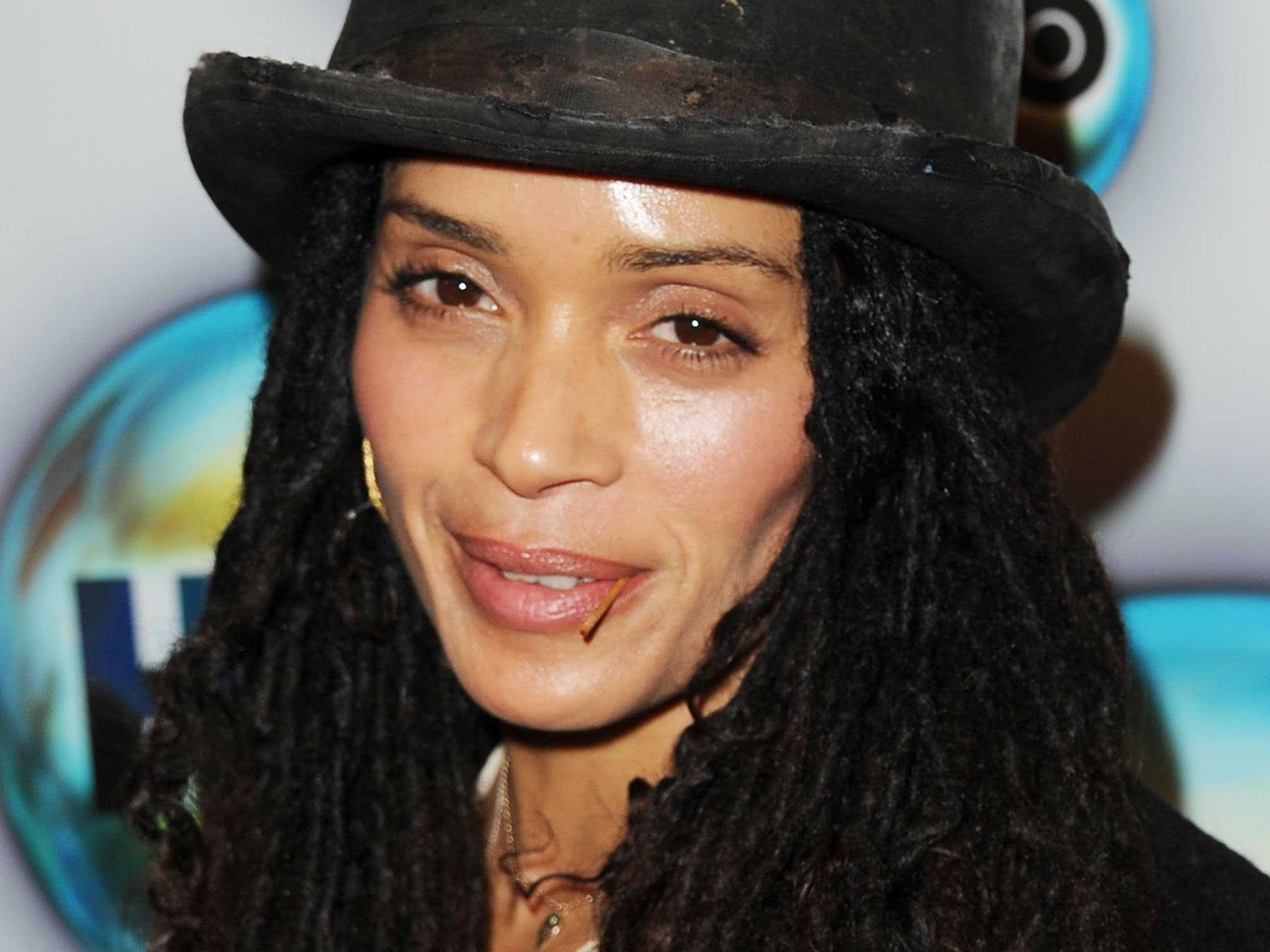 Lisa Bonet Widescreen for desktop
