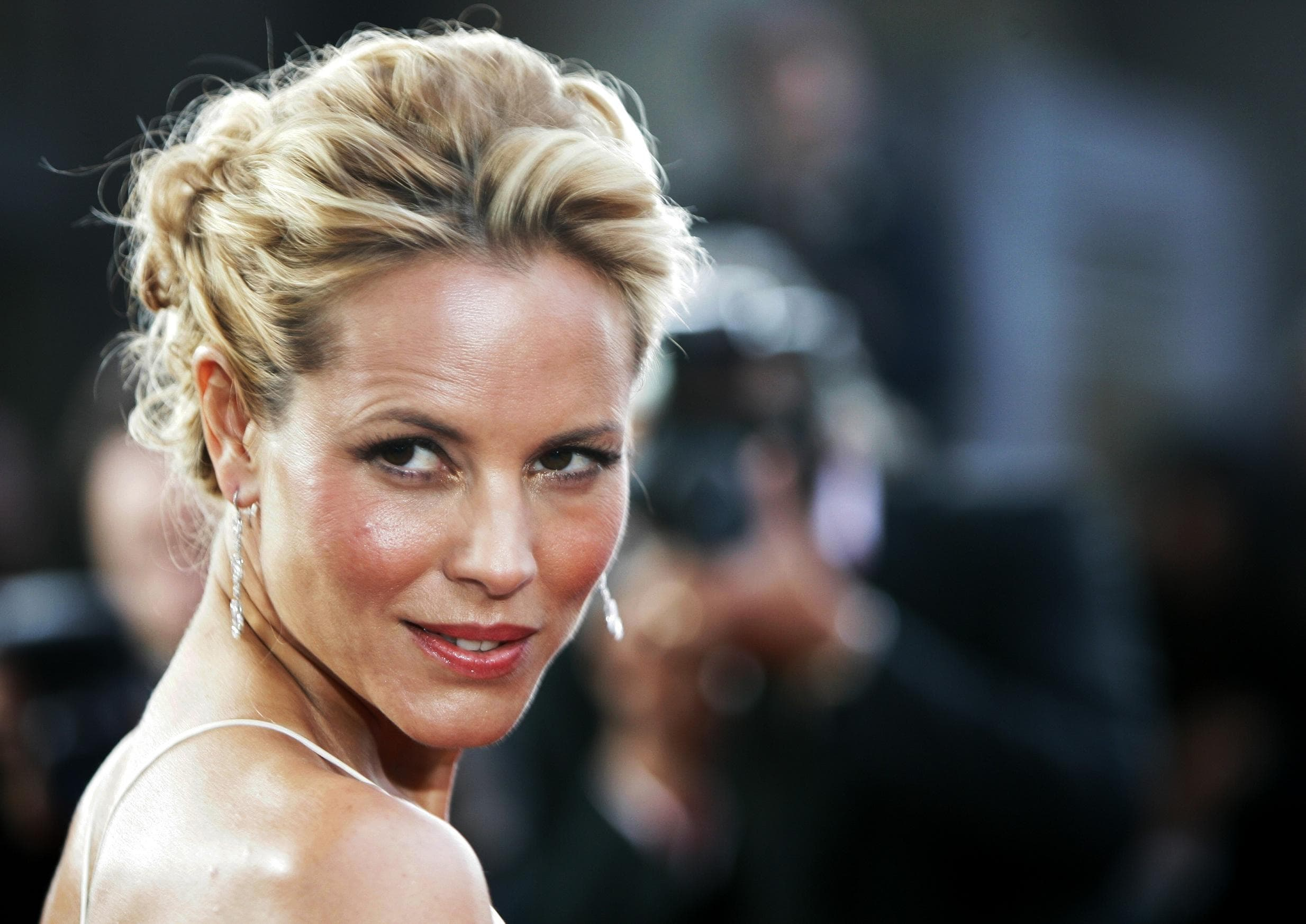 Maria Bello Widescreen for desktop