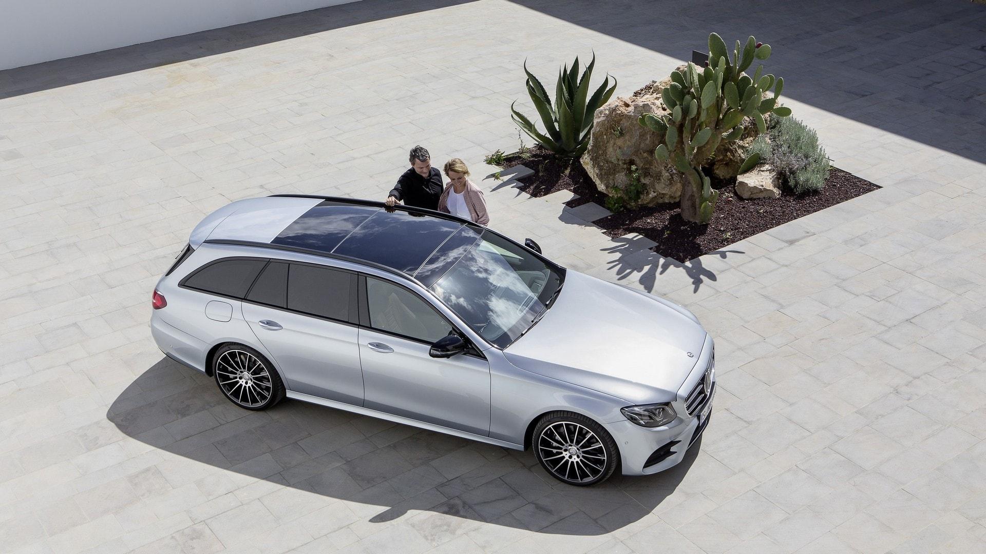 Mercedes E-Class All-Terrain Widescreen for desktop