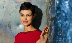 Morena Baccarin Widescreen for desktop