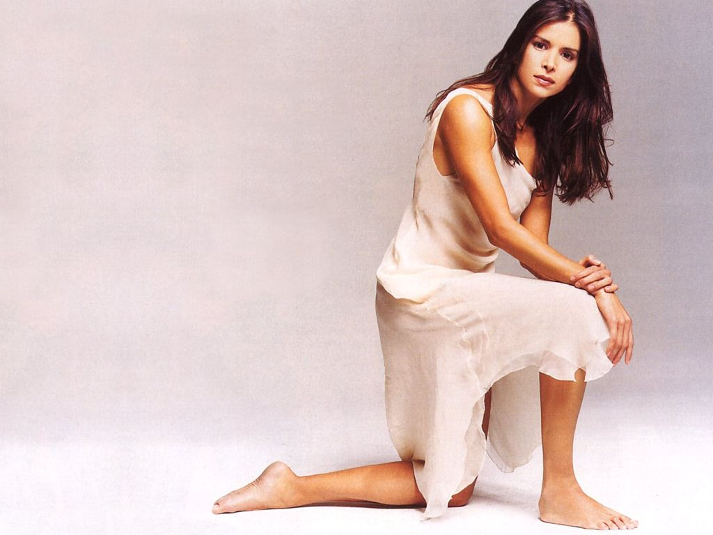 Patricia Velasquez Widescreen for desktop
