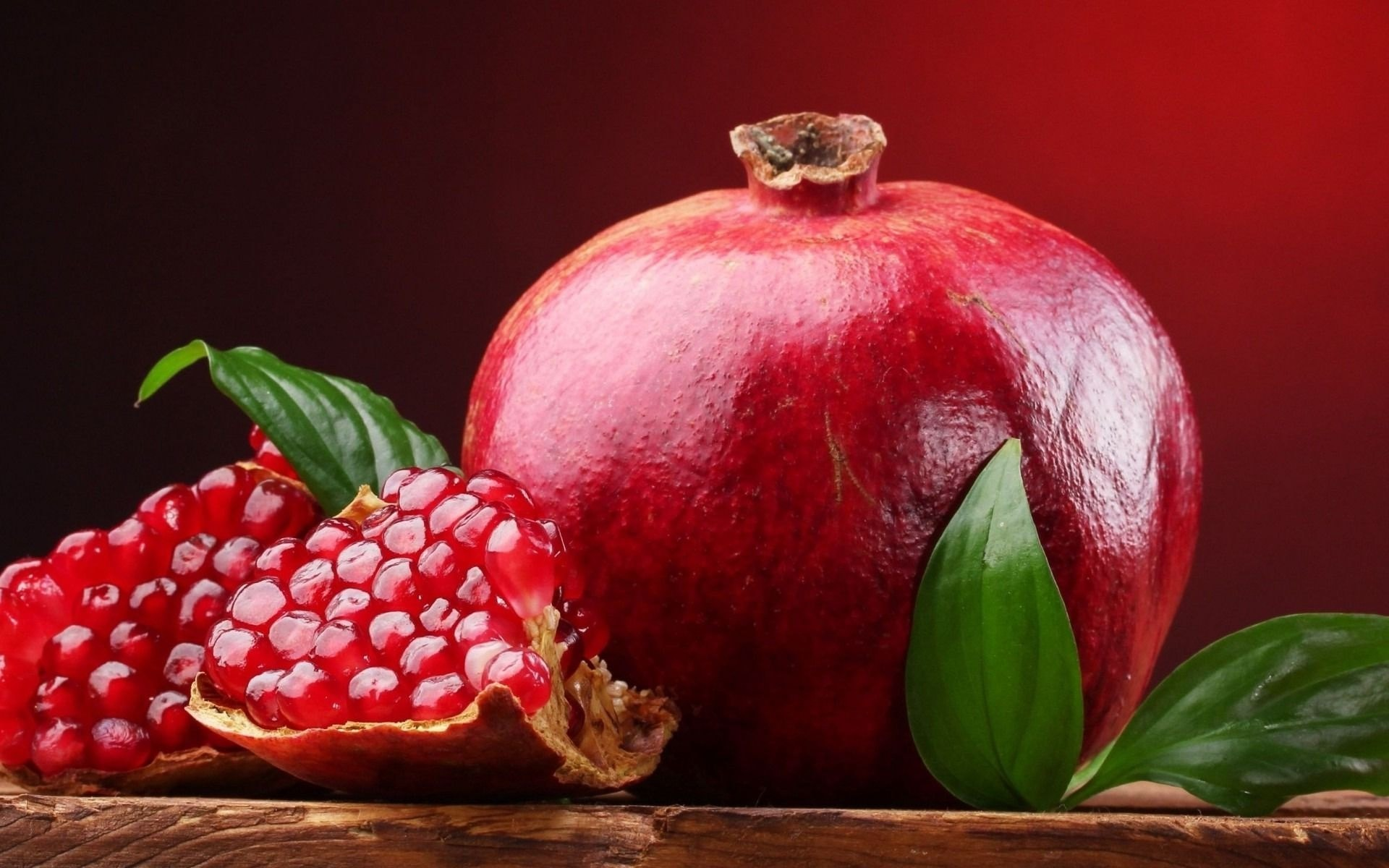 Pomegranate widescreen for desktop