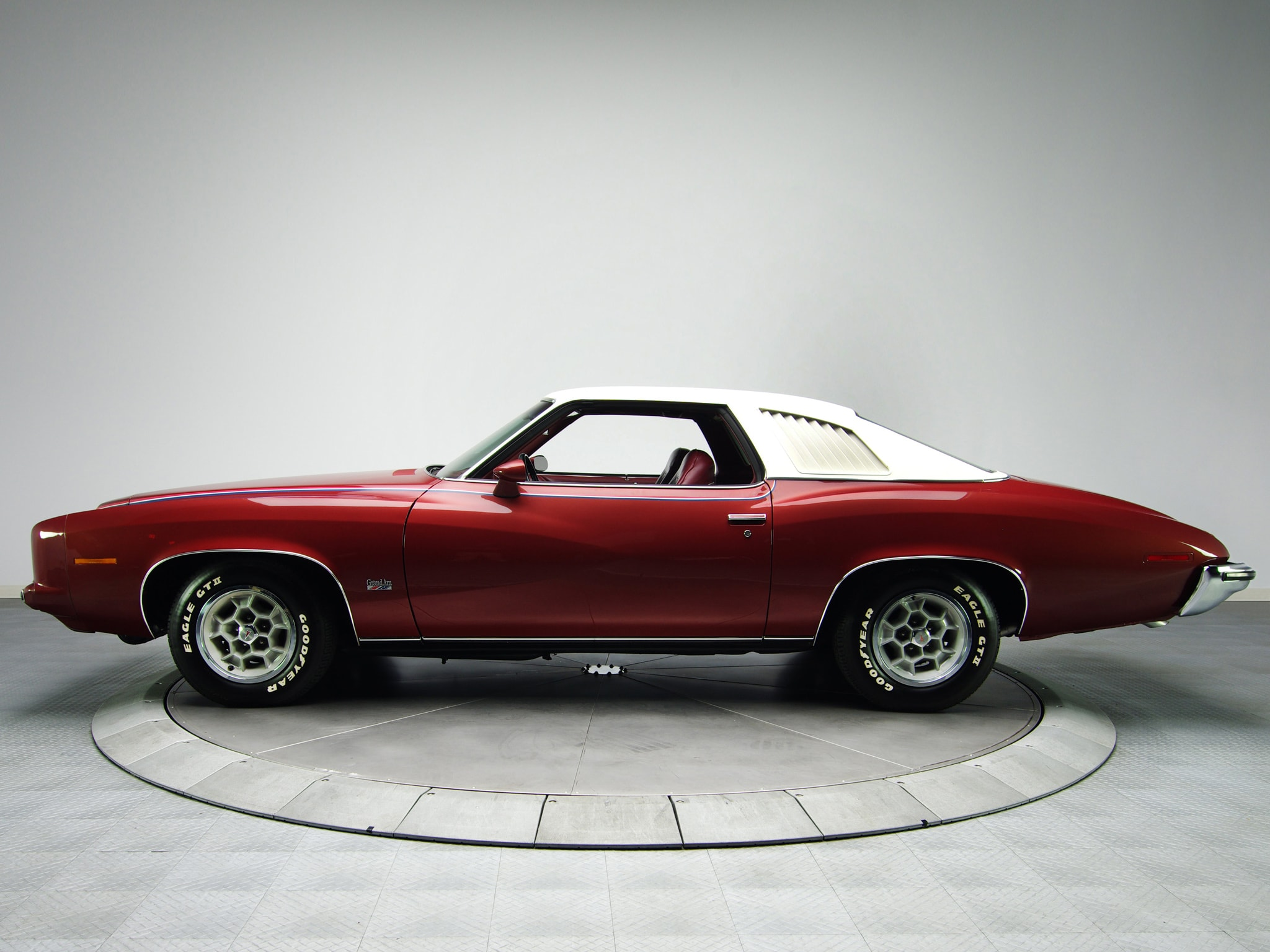 Pontiac Grand Am 1973 Widescreen for desktop