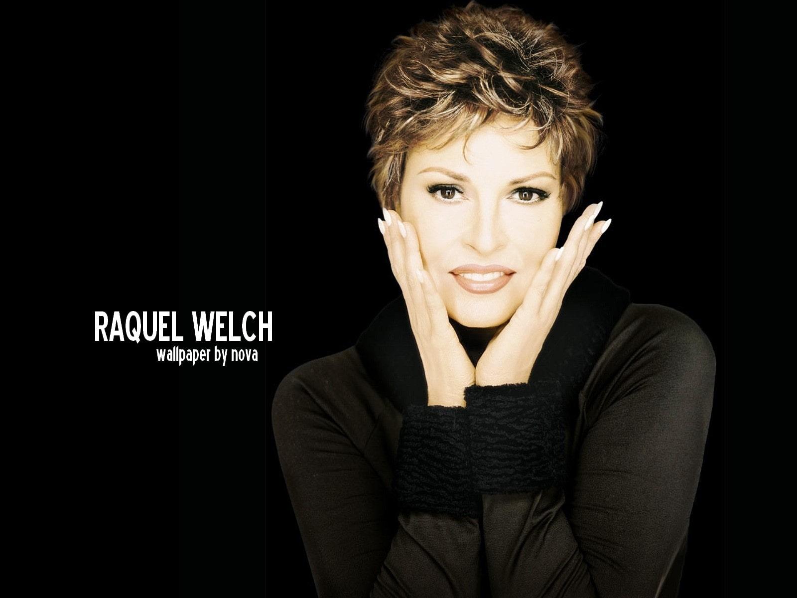 Raquel Welch Widescreen for desktop
