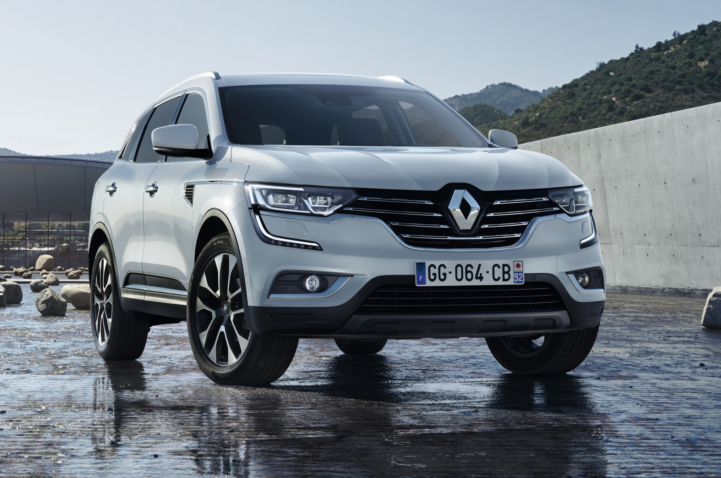 Renault Koleos 2 Widescreen for desktop