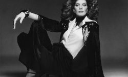 Rene Russo Backgrounds