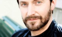 Richard Armitage Widescreen for desktop