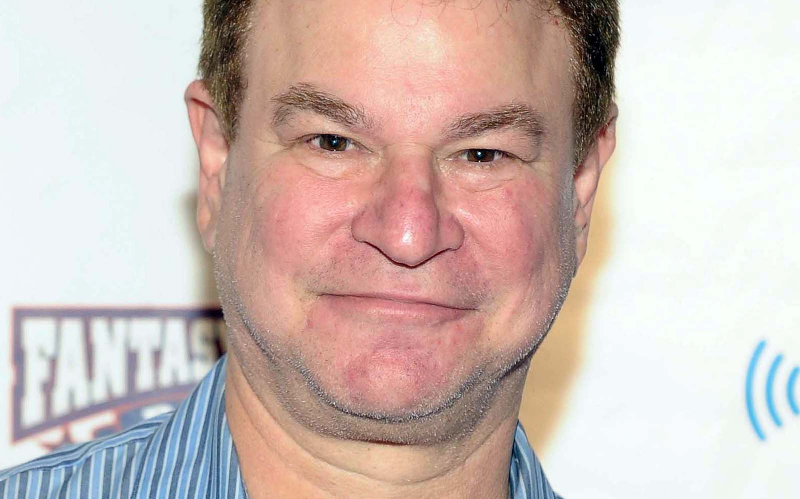 Robert Wuhl Widescreen for desktop