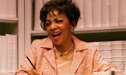 Ruby Dee Widescreen for desktop