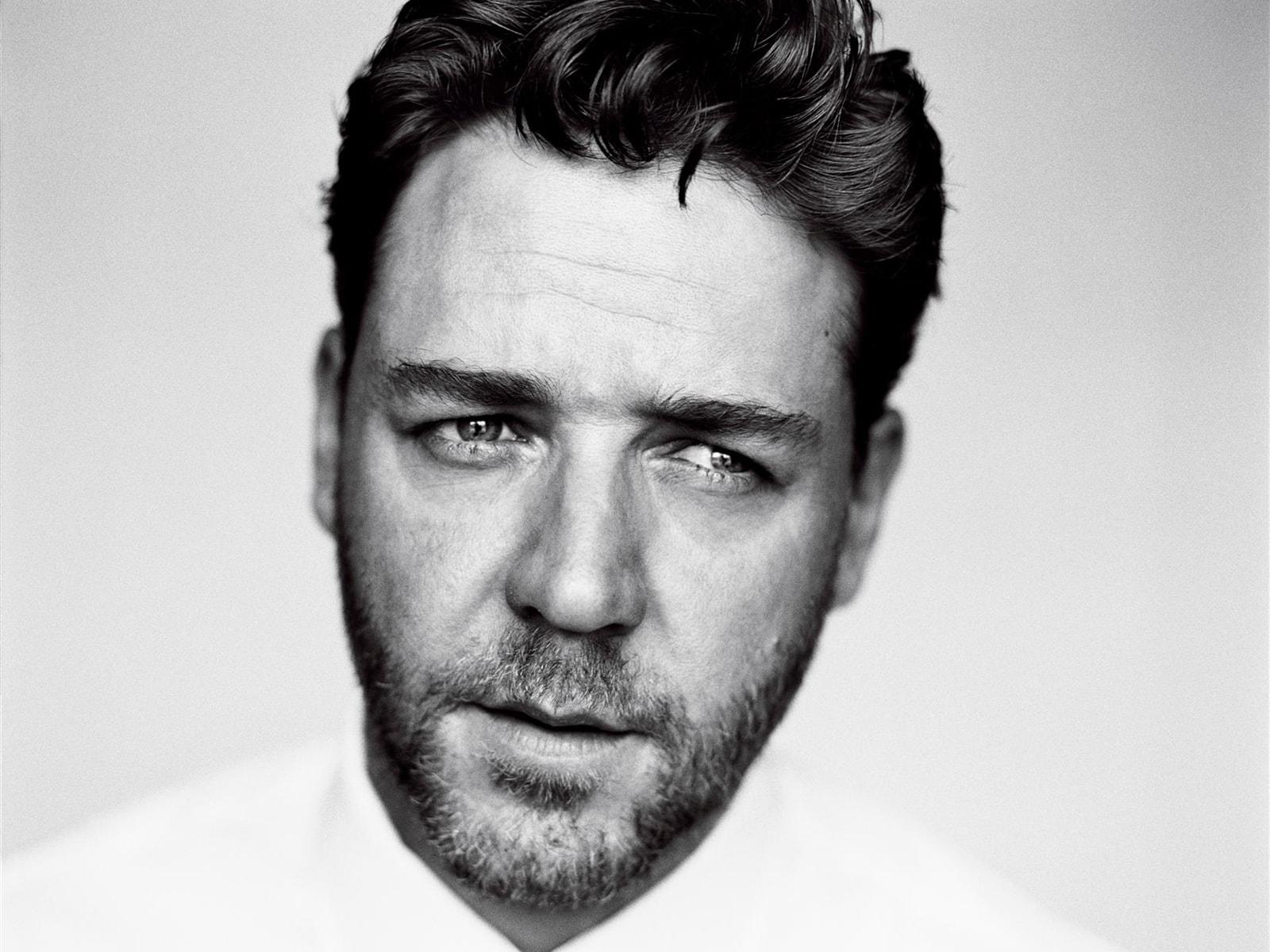 Russell Crowe Widescreen for desktop