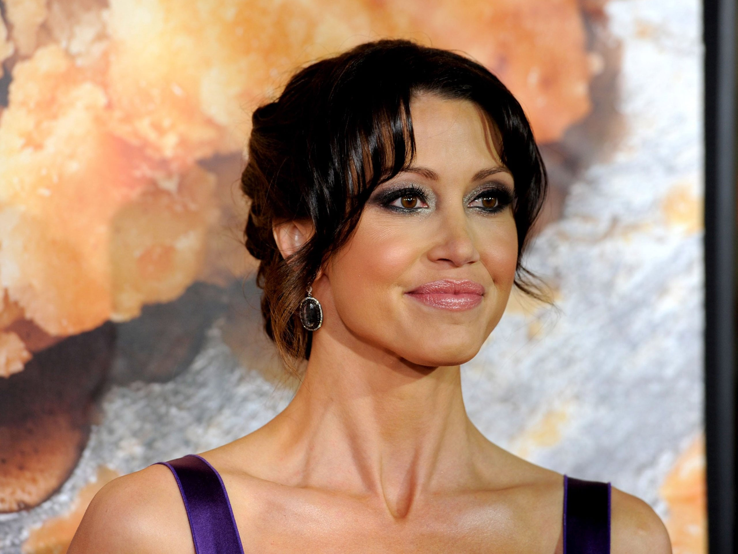 Shannon Elizabeth Widescreen for desktop