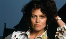 Sigourney Weaver Widescreen for desktop