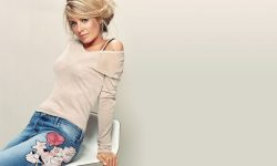 Tamzin Outhwaite Widescreen for desktop