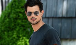 Taylor Lautner Widescreen for desktop