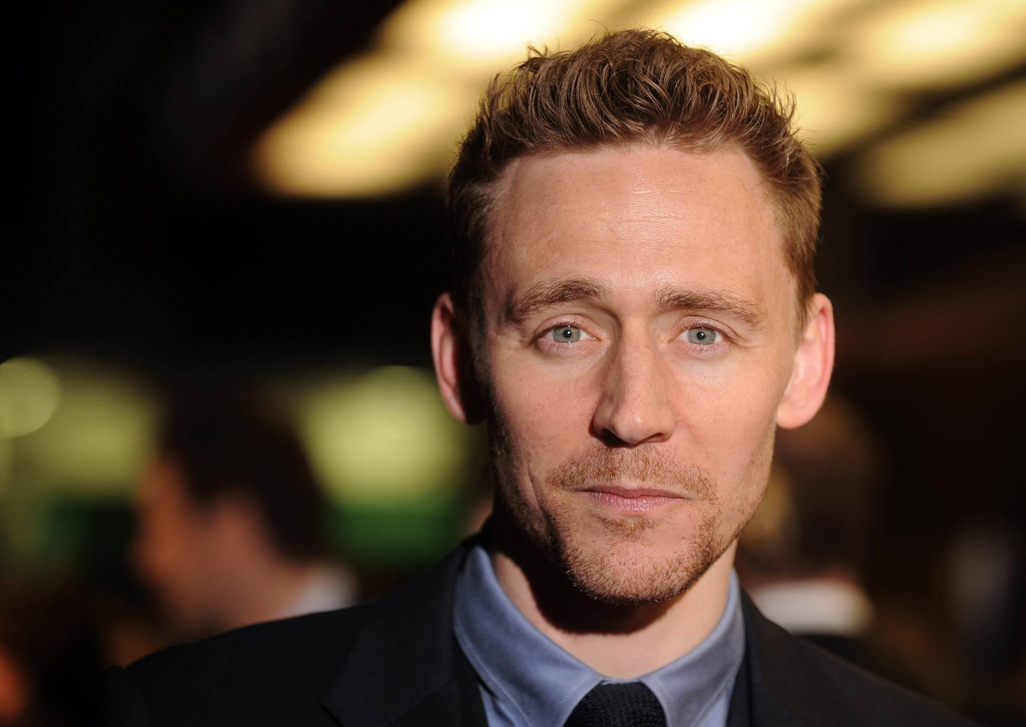 Tom Hiddleston Widescreen for desktop
