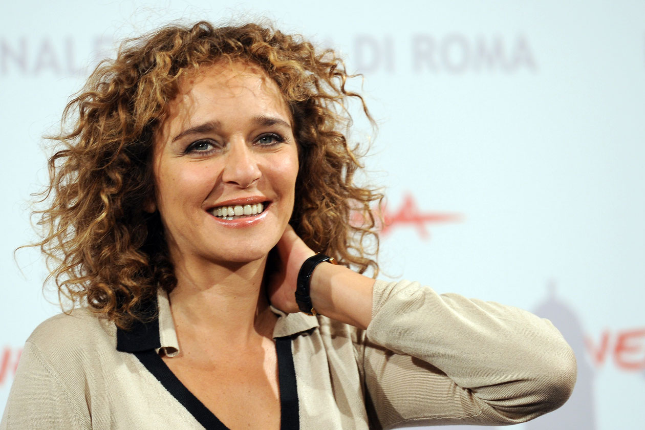Valeria Golino Widescreen for desktop