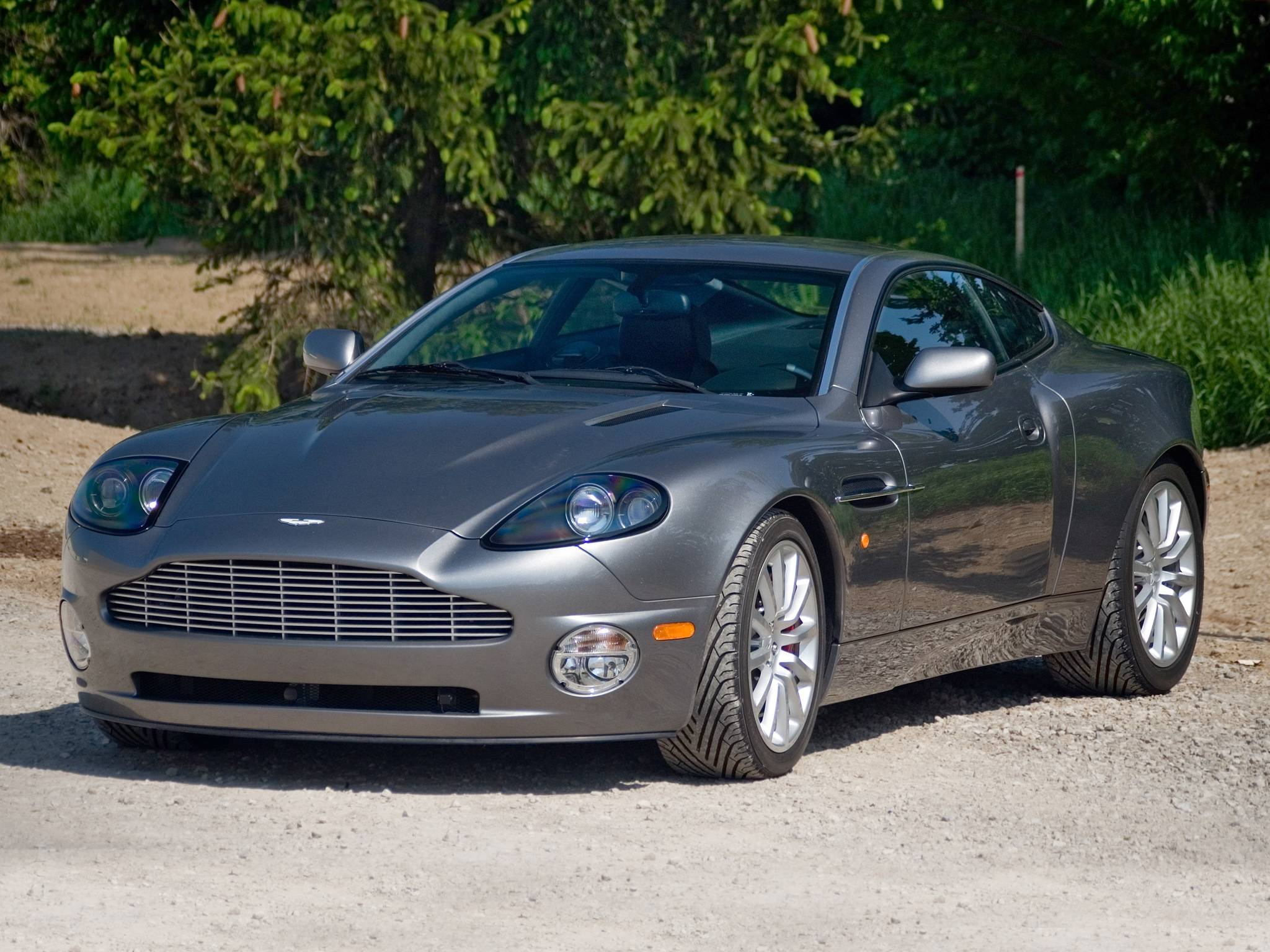 2001 Aston Martin Vanquish High
