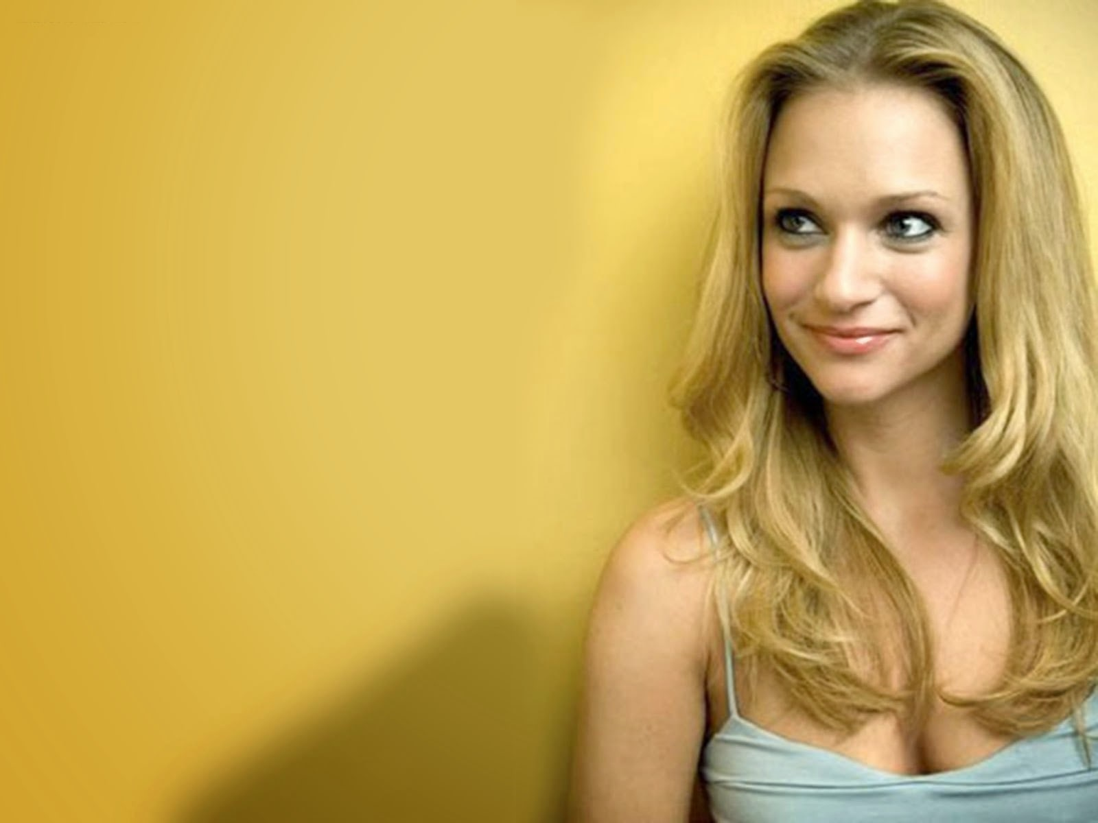 A.j. Cook Desktop wallpaper
