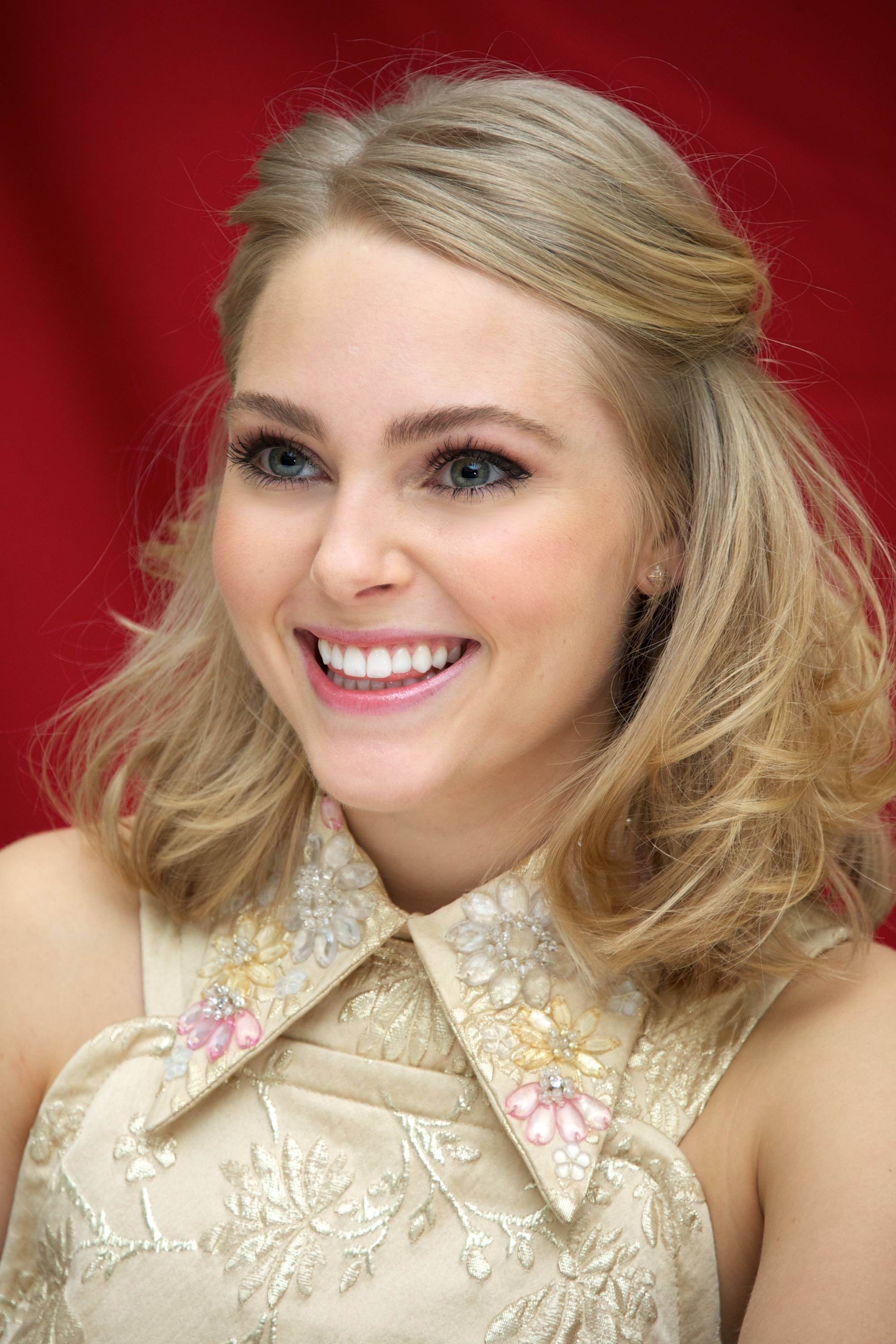Annasophia Robb For mobile