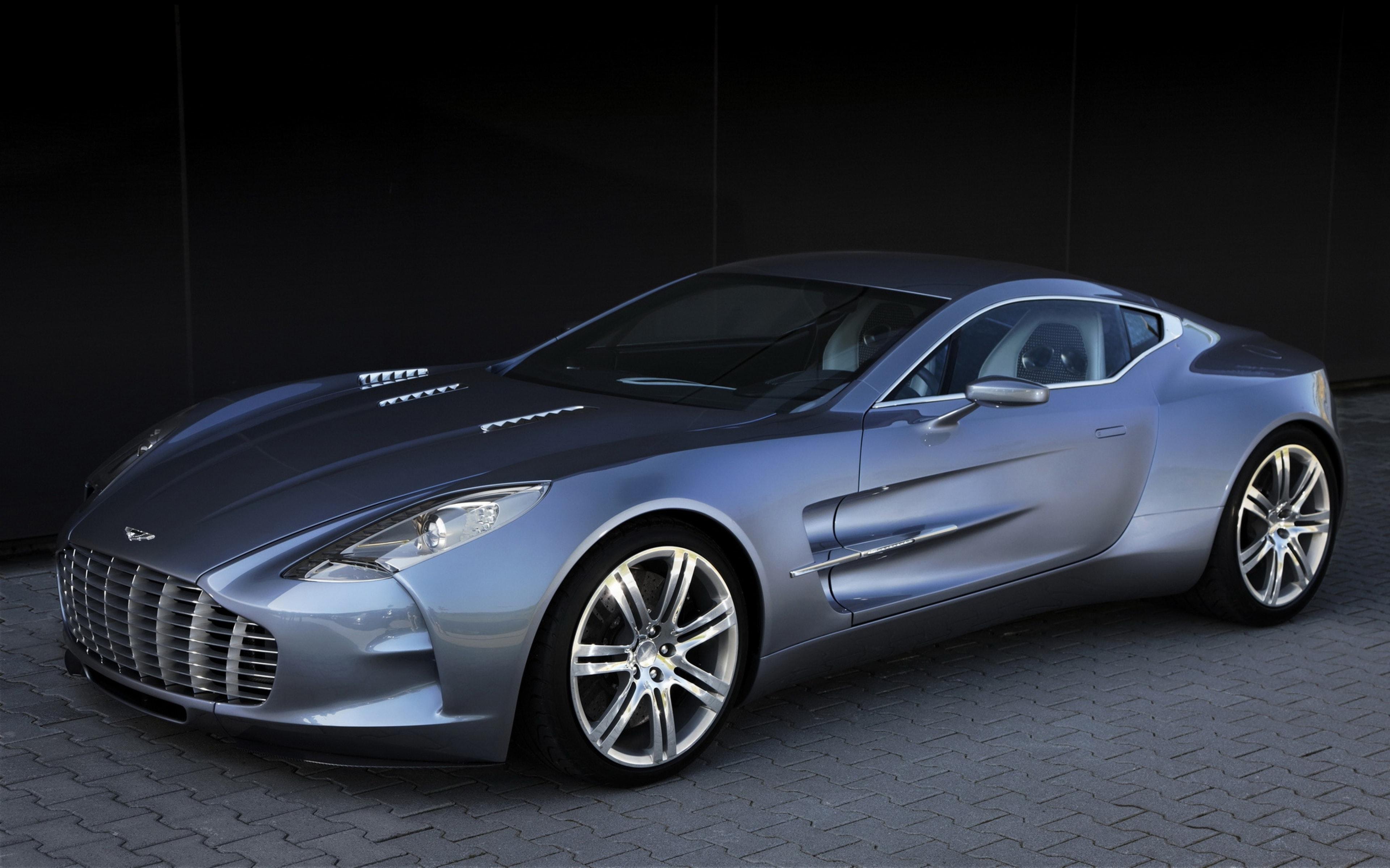 Aston Martin One-77 High