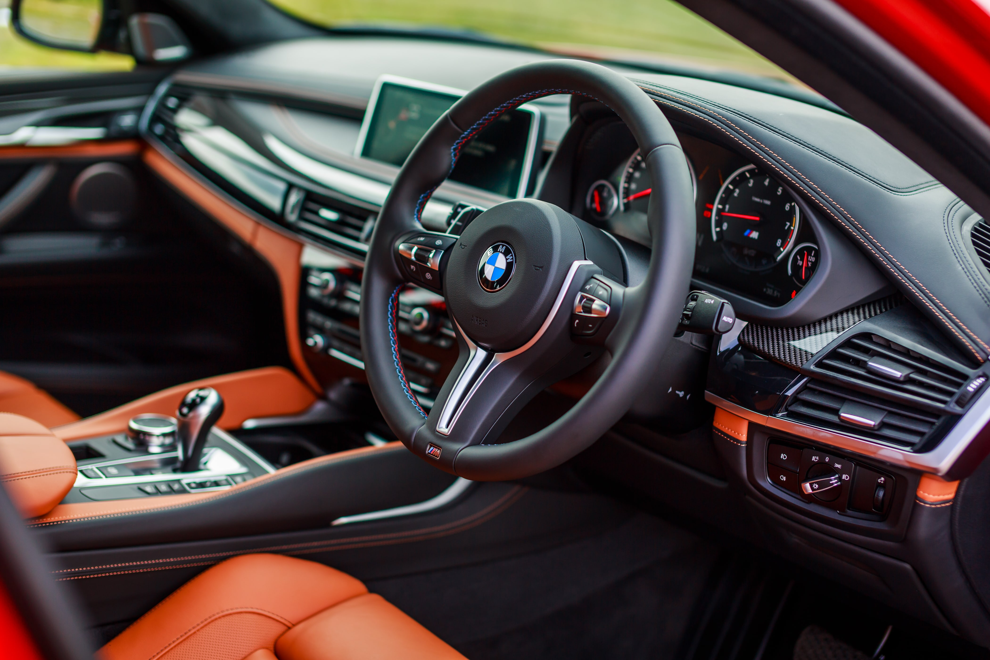 BMW X6 M (F86) HD pictures