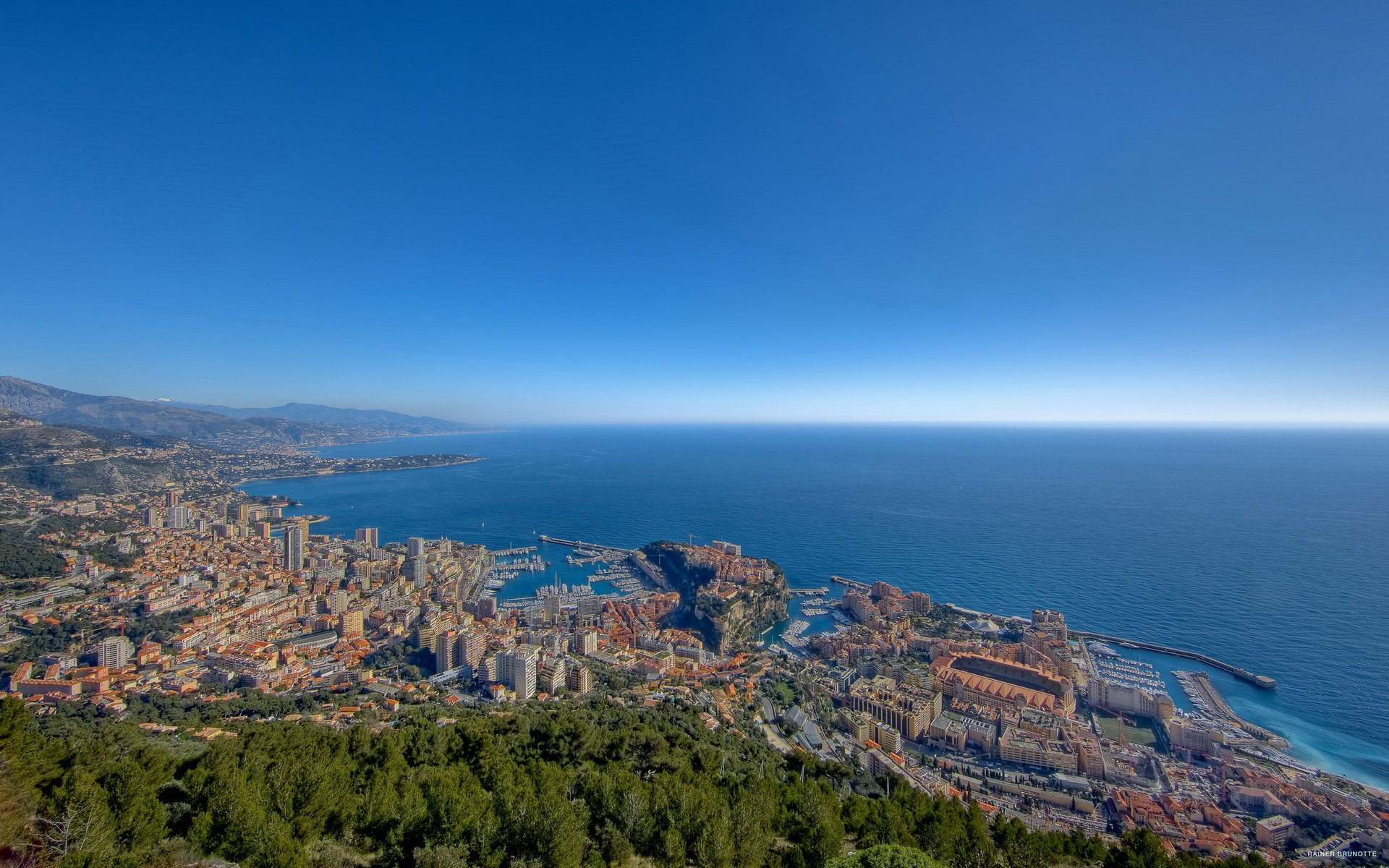 Barcelona High