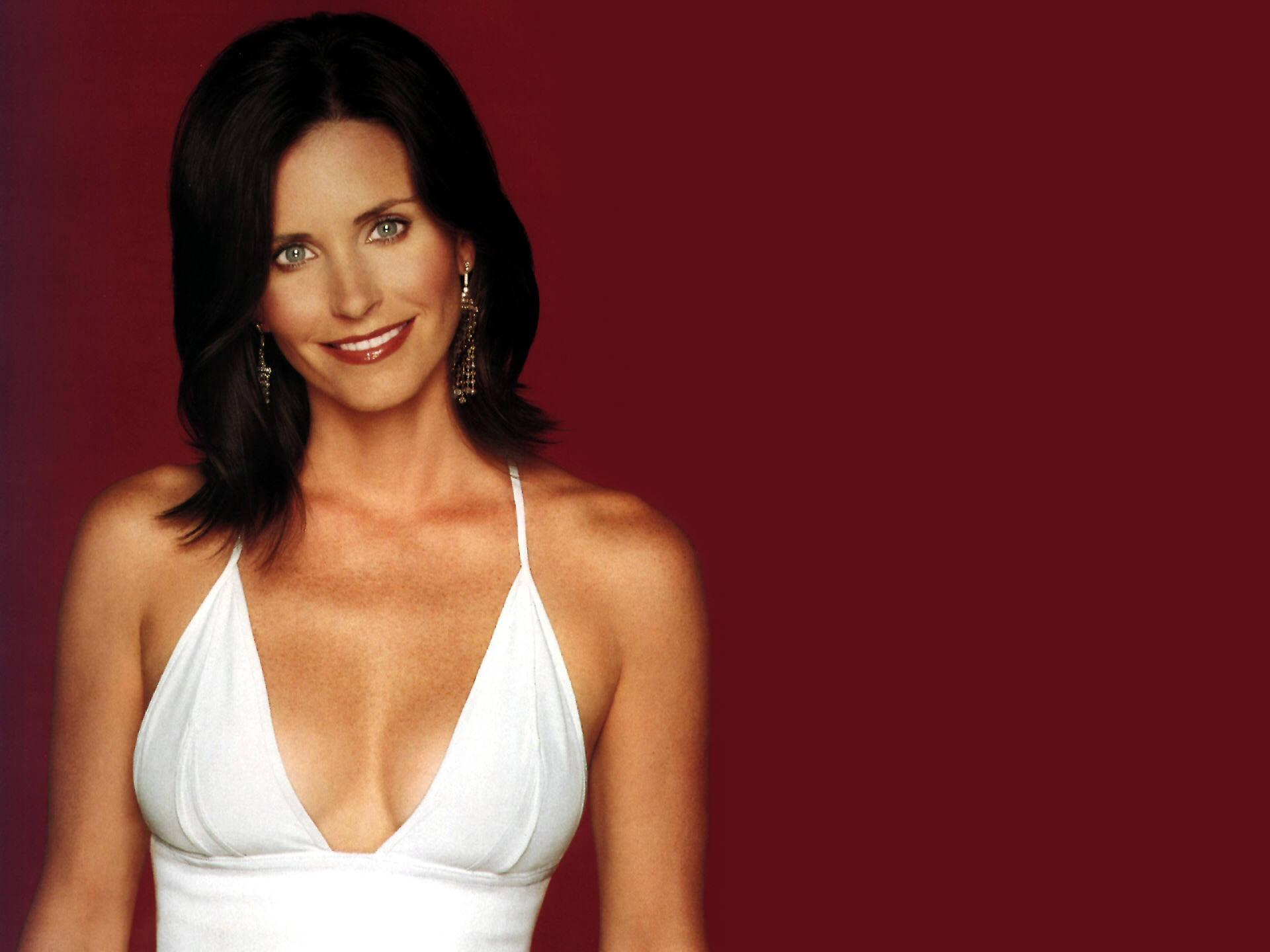 Courteney Cox High