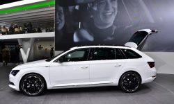 Skoda Superb Combi 3 High