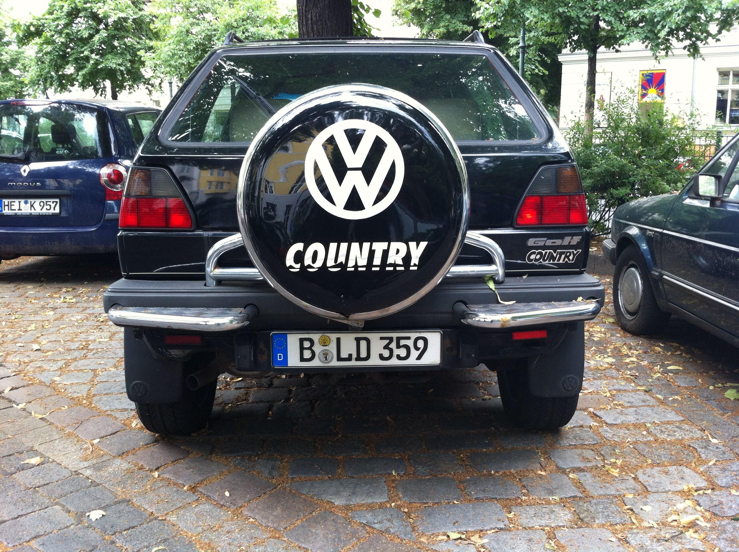Volkswagen Golf Country High