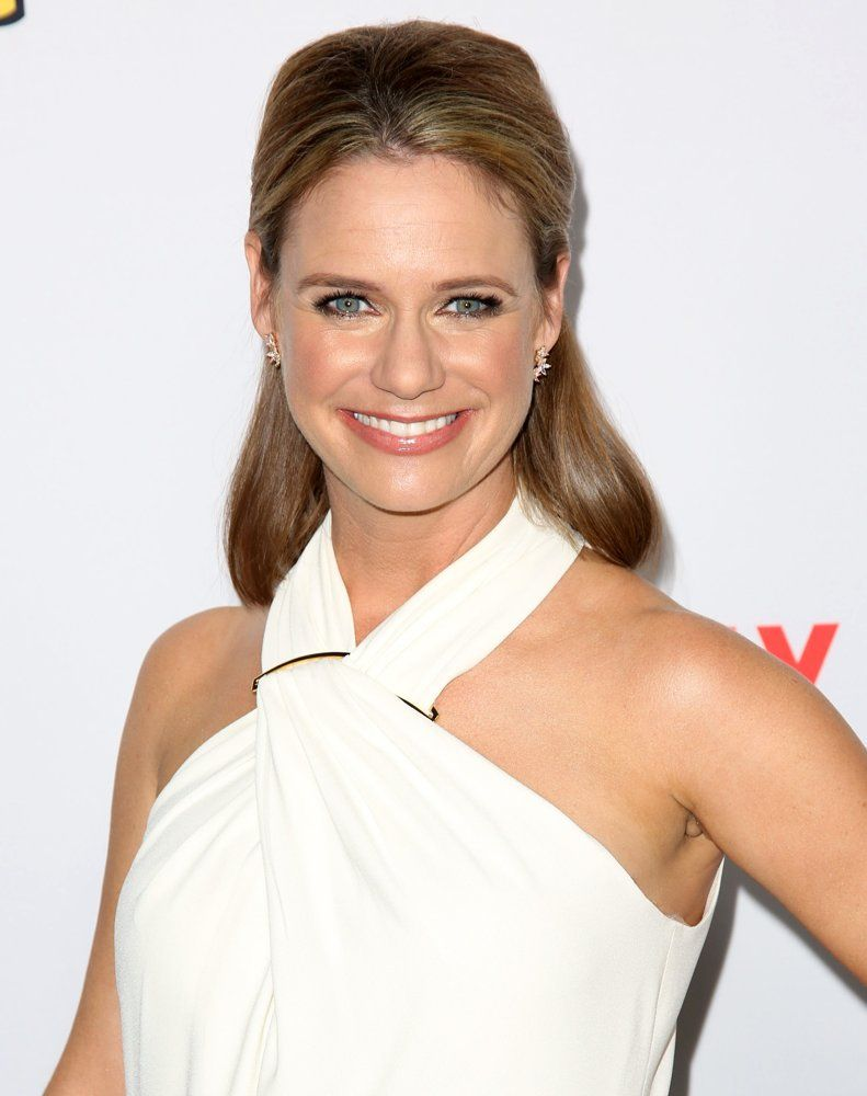 Andrea Barber HD