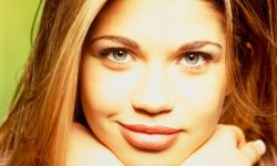 Danielle Fishel HD