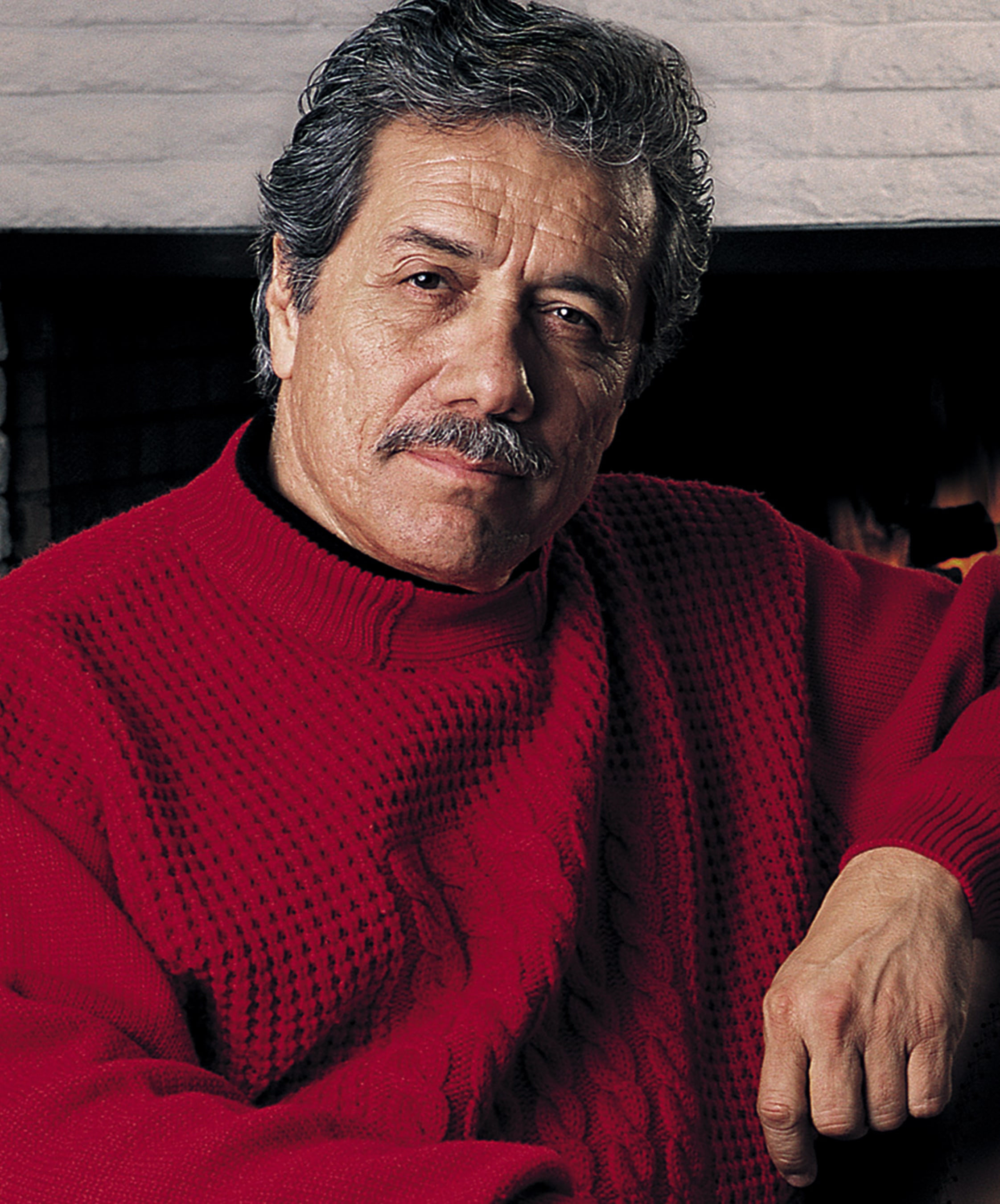 Edward James Olmos HD