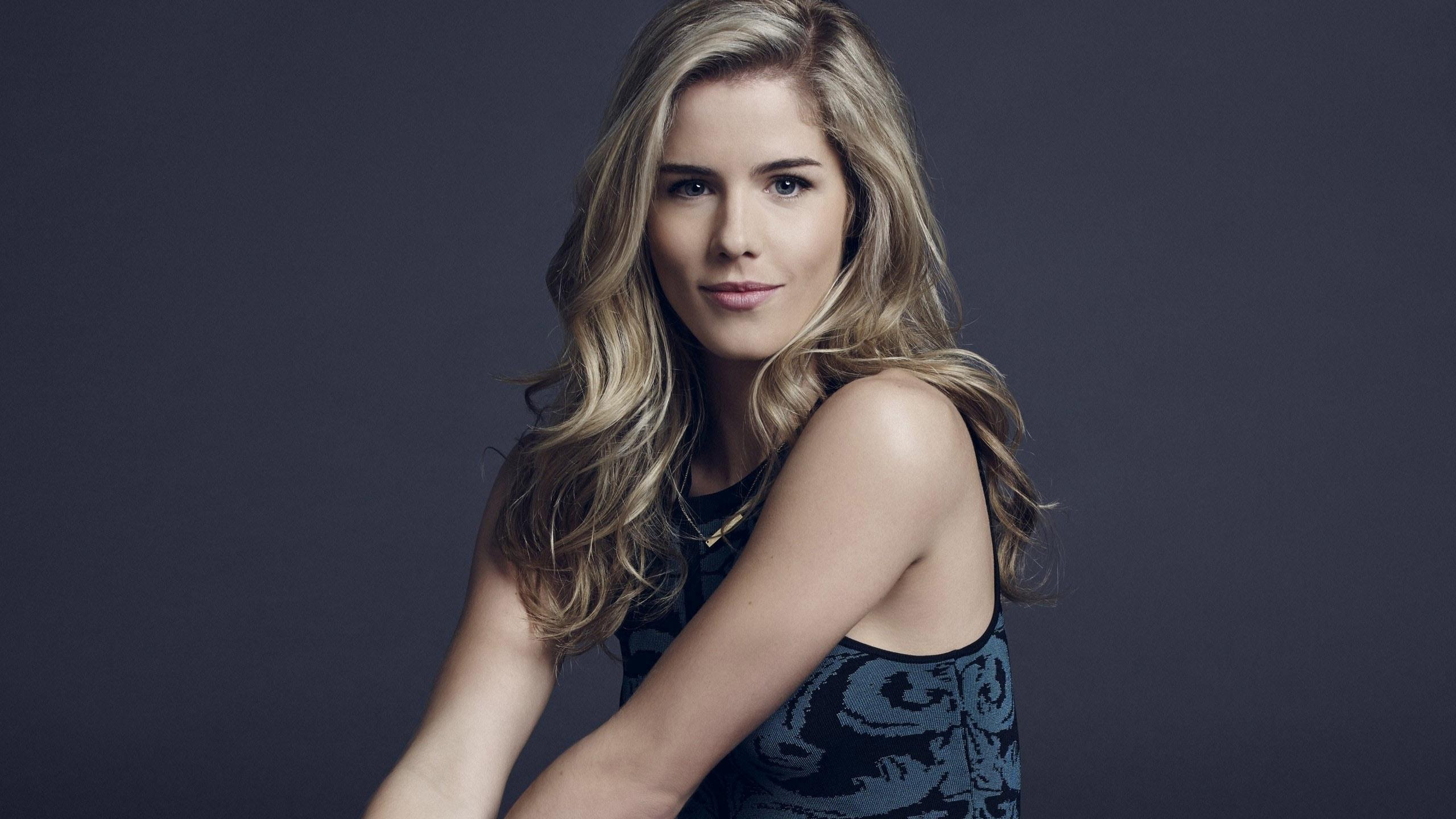 Emily Bett Rickards HD