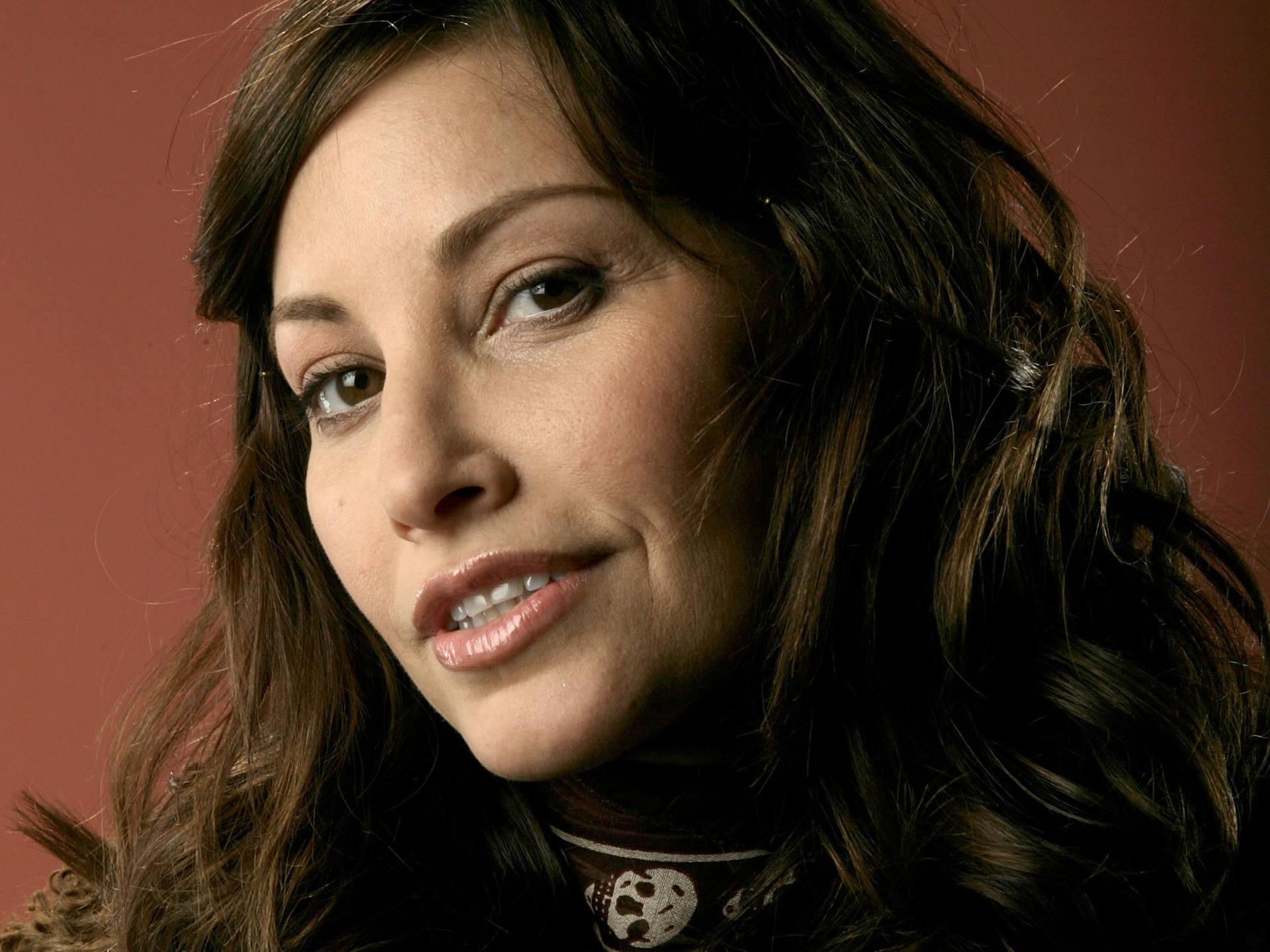 Gina Gershon HD