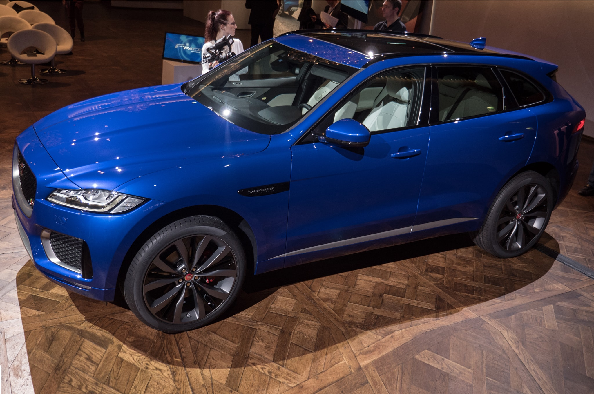 Jaguar F-Pace HD